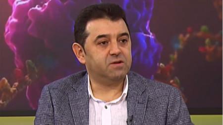 Δρ. Νικολάι Ούβαλιεφ
