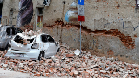 Щети от земетресението в Хърватия на 22 март