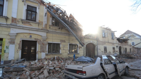 Разрушения в град Петриня след силното земетресение на 29.12.2020 г.