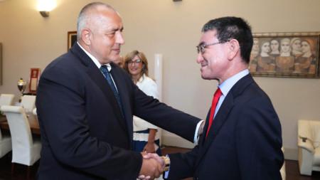 Борисов и министъра на външните работи на Япония Таро Коно