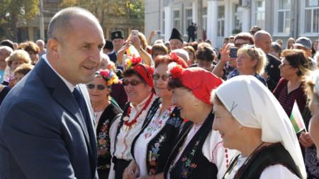 Президентът посети днес с. Бояджик
