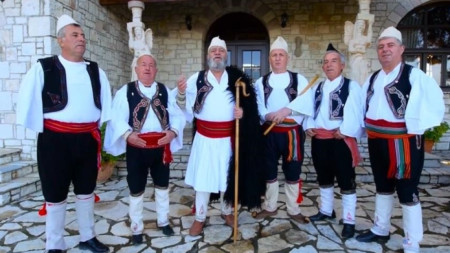 "Албанската фолклорна група ""Герг Арианити Малакастер"""