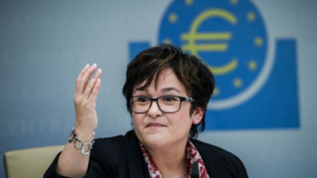 Забине Лаутеншлегер , член на Изпълнителния съвет на ЕЦБ
