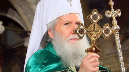 """Негово Светейшество Българският патриарх Неофит оглави Света Божествена литургия в Патриаршеската катедрала """"Св. Александър Невски"""" навръх Цветница."""