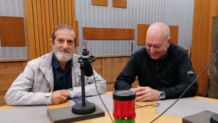 Проф. Дамян Попхристов (вляво) и Емил Янев