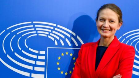 Цветелина Пенкова - евродепутат