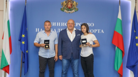 Красен Кралев със Стойко Цонов и Александра Начева.