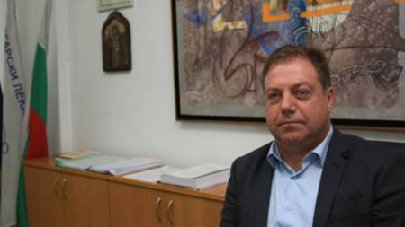 Dr. Ivan Madzharov