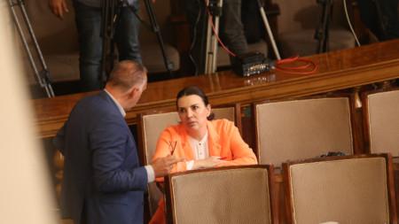 Председателят на СЕМ в Народното събрание