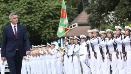 Стефан Янев на тържественото честване във Варна на празника на ВМС
