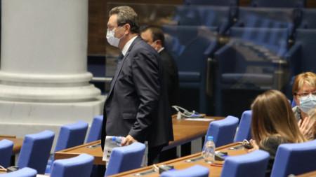 Таско Ерменков в пленарната зала.