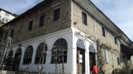 """Храм """"Свети Николай"""" във Велико Търново"""