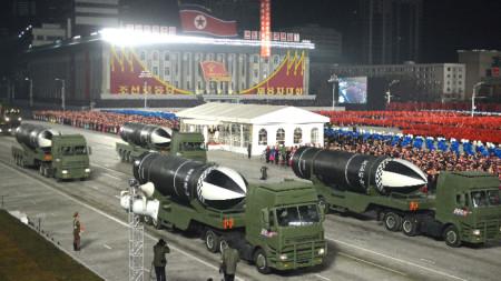 Новият тип ракети бяха демонстрирани на парад в Пхенян, 15 януари 2021 г.