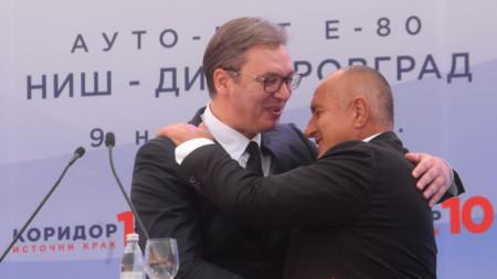 Александър Вучич и Бойко Борисов на церемонията по откриването на участъка от магистралата.