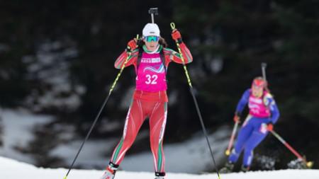 Валентина Димитрова предаде щафетата втора.