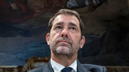 Френският вътрешен министър  Кристоф Кастанер