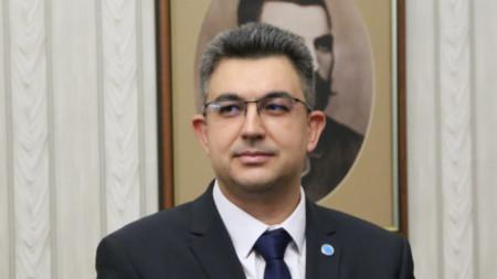 Πλάμεν Νικόλοβ