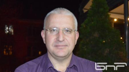 Доц. д-р Светослав Малинов