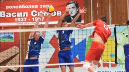 Волейболистите на ЦСКА с труден успех над Левски