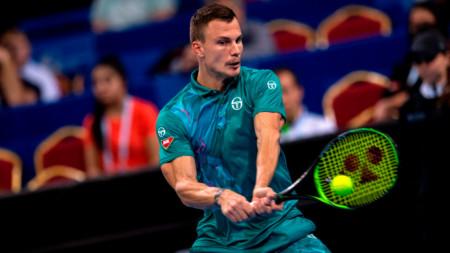 Мартон Фучович спечели в 3 сета.