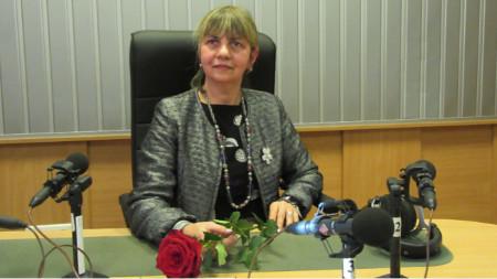 Н. Пр. г-жа Каридад Милиан, извънреден и пълномощен посланик на Република Куба у нас