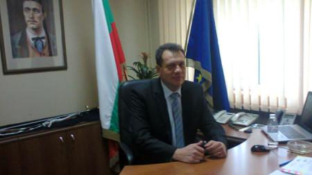 Консултациите, свикани от областния управител на Благоевград Бисер Михайлов, преминаха без спорове.