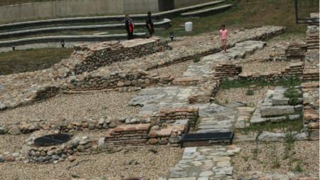 Западната порта на Сердика, близо до католическата църква