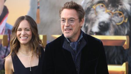 Робърт Дауни Джуниър със съпругата си Сюзън - продуцент на филма