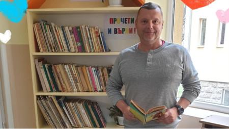 Павел Павлов, директор на училището.