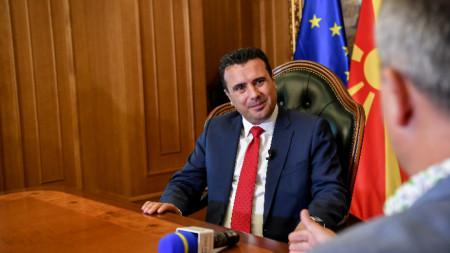 Премиерът на Северна Македония по време на интервюто за БГНЕС.