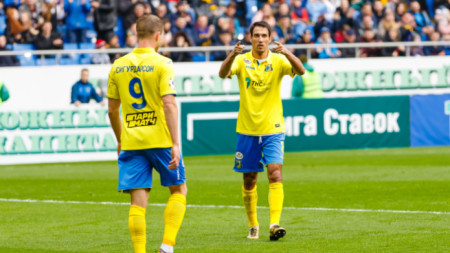 Ивелин Попов се разписа за 2:1