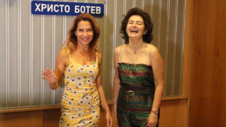 Ива Дойчинова и Магдалена Гигова (вдясно)