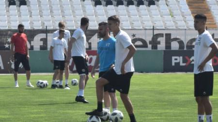 Локомотив започна подготовка за новия сезон днес.