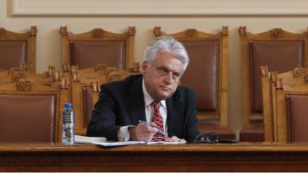 Minister Rashkov before the parliamentary hearing