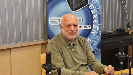 Velislav Minekov