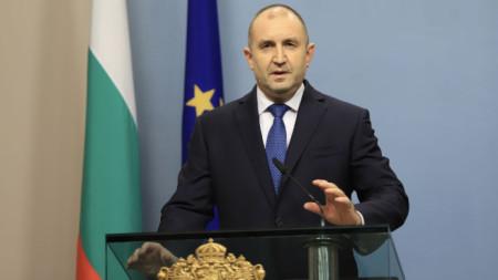 Президентът Румен Радев обяви датата на изборите в обръщение към народа.