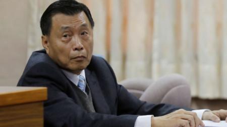Директорът на Националното бюро за сигурност Пън Шънчу подаде оставката, за да поеме отговорност за случая.