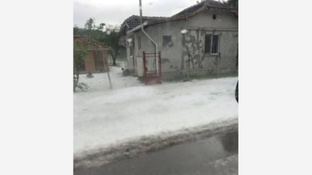 село Добри дол - градушка