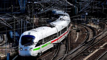 Високоскоростен влак на