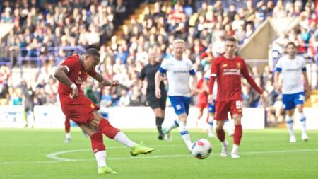 Клайн отбелязва първия гол за Ливърпул в контролата.