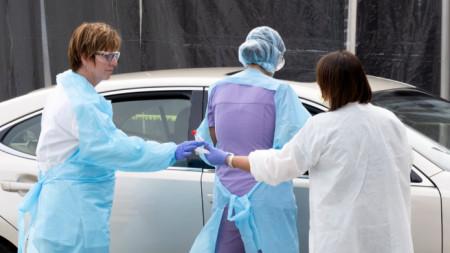 Алекснадровская больница в Софии набирает волонтеров-медиков