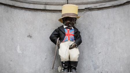 Манекен Пис облечен подобаващо за Брекзит. За първи път брюкселският пикльо е носил този костюм на 24 април 1972, когато Островът се присъединява към ЕС
