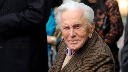 Кърк Дъглас - последният оцелял голям титан на Златна епоха на Холивудското кино.