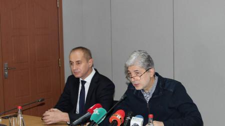 Министърът на околната среда и водите Нено Димов и кметът на Кюстендил Петър Паунов