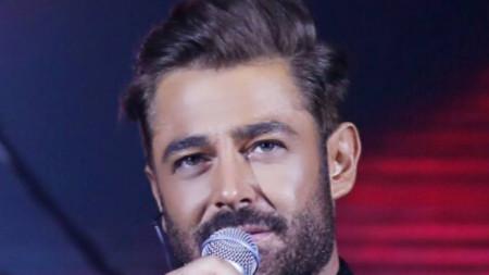Водещият шоуто Мохамад Реза Голзар