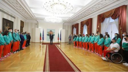 Румен Радев са олимпиојском делегацијом Бугарске