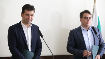 Кирил Петков и Асен Василев