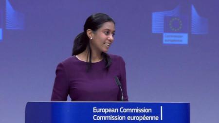 Виржини Бату-Хенриксон, говорител на ЕК по въпросите на външните работи и политиката на сигурност