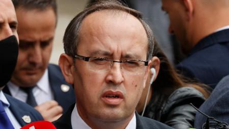 Косовският премиер Авдула Хоти