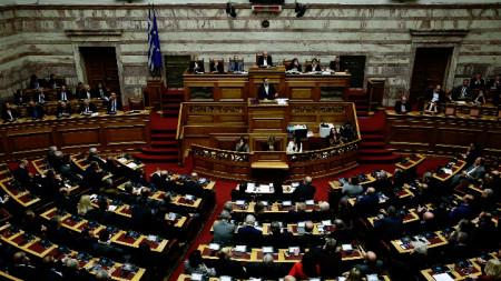 Премиерът на Гърция Алексис Ципрас по време на речта си в парламента преди вота на доверие.